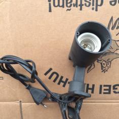 Fasung ceramic cu reglaj pentru becuri