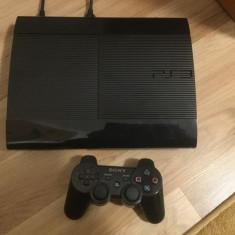 Vând PlayStation 3 Sony super slim