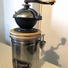 Rasnita germana, metalica, Danesi, cu rezervor, pentru cafeaua macinata - Rasnita Cafea