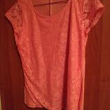 tricou dantela roz