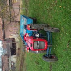 Tractor carraro 23 cp + remorca