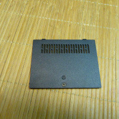 Capac Bottom Case Laptop Toshiba L305