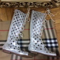 Sandale/cizme de vara argintii gladiator marime 39+CADOU - Sandale dama, Culoare: Din imagine