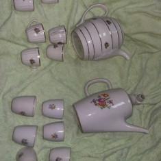 Set portelan vechi bulgaresc,1966,1968,doua seturi la pret de unu,de colectie