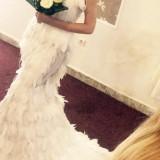 rochie fin pene de struț
