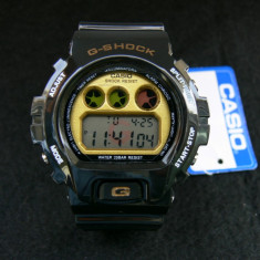 CASIO G-SHOCK DW-6900-BLACK&GOLD-BACKLIGHT-POZE REALE-MODEL NOU-CEASUL EMINEM - Ceas barbatesc Casio, Sport, Quartz, Cauciuc, Alarma, Electronic