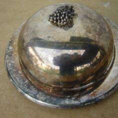 Vas argintat pentru caviar, Clopot