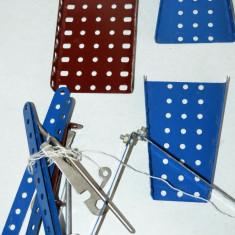 Lot piese pentru joc vechi MECANO sau PIONIER CONSTRUCTOR RSR - Joc colectie