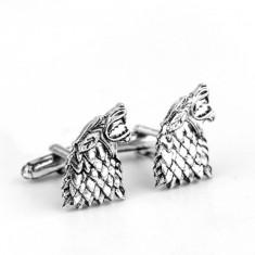 Butoni noi tema Game of Thrones STARK argintii metalici + ambalaj cadou