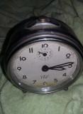 Ceas vechi de masa,marca CID,functional,de colectie,ceas desteptator vechi
