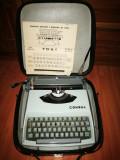 Masina de scris vintage Consul Model 231.2. Masina de scris mecanica veche.