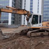 Excavator Liebherr R902
