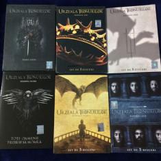 LOT Game of Thrones (Urzeala tronurilor) Sezoanele 1-6 DVD-romana, NOI !!! - Film serial warner bros. pictures, Aventura