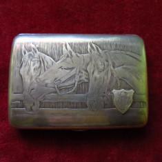 Tabachera argint masiv cu cai - Tabachera veche