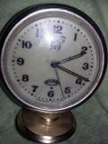 Ceas, sovietic de colectie DRUJBA ceas de masa desteptator,functional,T GRATUIT
