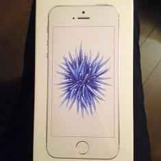Iphone 5SE Silver 32GB Nou Sigilat - Telefon iPhone Apple, Argintiu