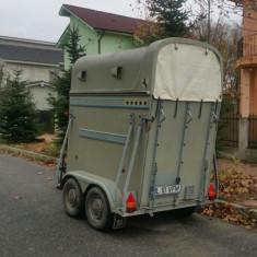 Remorca transport cai