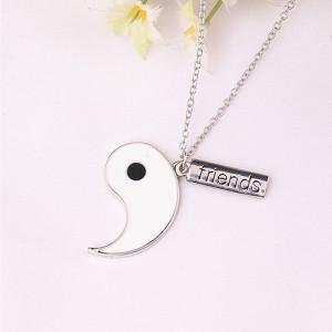 Lant Lantisor pandantiv medalion Yin si Yang BFF Best Friends Forever pret SET