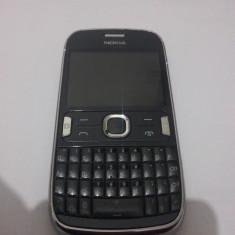 Nokia Asha 302 impecabil / functioneaza perfect in Digi / 3G / folosit - Telefon mobil Nokia Asha 302, Gri, Neblocat