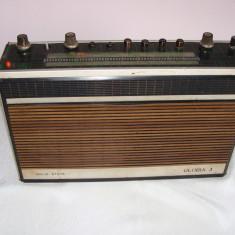 Aparat de radio romanesc Gloria 3 - Aparat radio