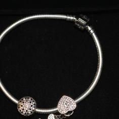 Bratara Pandora moments clema argint 925 nepurtata noua cu 2 charmuri - Bratara Fashion