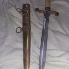 Arma, stilet militar parada de epoca, stilet cu teaca armata, de colectie, T.GRA