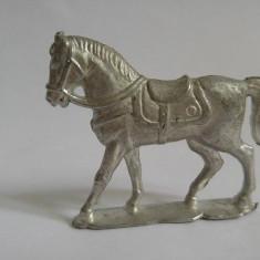 Figurina cal metal alb greu, 6x5cm, decor, colectie, diorama - Figurina Animale