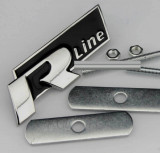 Accesoriu metal auto pt grila rline R line rosie sau neagra si  kit prindere