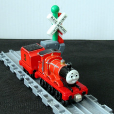 🚂 Thomas and Friends ✯ Take Along ✯ JAMES ✯ Magnetic Train ✯ 2002 🚂 - Trenulet, Locomotive