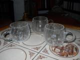 10 pahare whisky + 12 pahare punci/compot, din sticla mata, crachelata