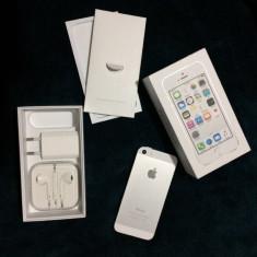 Iphone 5s Silver Fullbox - Telefon iPhone, Argintiu, 16GB, Neblocat, Dual core, 1 GB