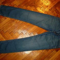 Blugi Levis 519-Marimea W31xL34 (talie-82cm, lungime-110cm) - Blugi barbati Levi's, Culoare: Din imagine, Prespalat, Slim Fit, Normal
