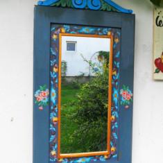 Oglinda cu rama pictata manual-bleu-gri - Oglinda living