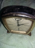 Ceas de masa SLAVA,11jewels,buna stare,functional,ceas de colectie,T GRATUIT