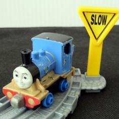🚂 Thomas and Friends ✯ Take-n-Play ✯ MILLIE ✯ Magnetic Train ✯ 2013 🚂 - Trenulet, Locomotive