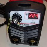 Aparat de sudura invertor EDON 200 MINI. Afisaj electronic