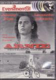 Arnie, DVD, Romana