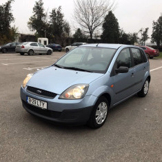 Ford Fiesta stare buna, Benzina, Hatchback