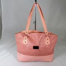 Geanta dama mare roz+CADOU