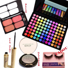 Set machiaj Dainty Makeup + Cadou gene false - Trusa make up