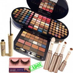 Set machiaj Brilliant + Cadou - Trusa make up