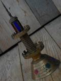 Cumpara ieftin LAMPĂ VECHE DE BIROU - DECORAȚIUNE FAR MARIN - BRONZ MASIV ȘI STICLĂ - 1,4 KG!