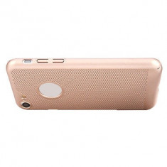 Husa iPhone 5 5S SE Perforata Rose Gold - Husa Telefon Apple, Roz, Plastic, Fara snur, Carcasa