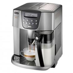 Espressor cafea Delonghi ESAM 4500 1350W 1.8 Litri 15 Bari Argintiu, Automat