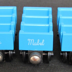 Thomas and Friends ✯ Wooden Railway ✯ ADA, MABLE si JANE✯ Magnetic Vagons ✯ 1997 - Trenulet, Locomotive