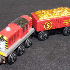 Thomas and Friends ✯ Wooden Railway ✯ GOLD SALTY and CAR ✯ Magnet Vagon ✯ 2003 - Trenulet, Locomotive