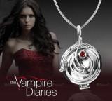Colier The Vampire Diaries medalion pandantiv cu lantisor - Colier Elena Gilbert