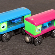 Thomas and Friends ✯ Wooden Railway ✯ 2 x AQUARIUM CAR ✯ Magnetic Vagons ✯ 2002 - Trenulet, Locomotive
