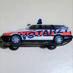 MINIATURA HERPA - AMBULANTA VW PASSAT - MACHETA - Macheta auto Herpa, 1:87