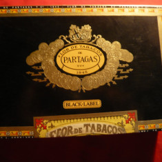 Cutie din lemn pt. trabucuri Flor de tabacos de Partagas R.Dominicana ,21x13,5cm